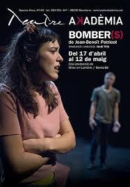 Obra Bombers, subtitulada en francés al teatre Akademia